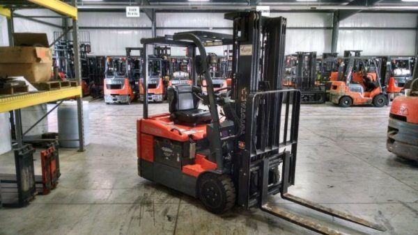 3,000 LBS Cap. Electric<br>Cushion Forklift<br>2012<br>ID#: 6440