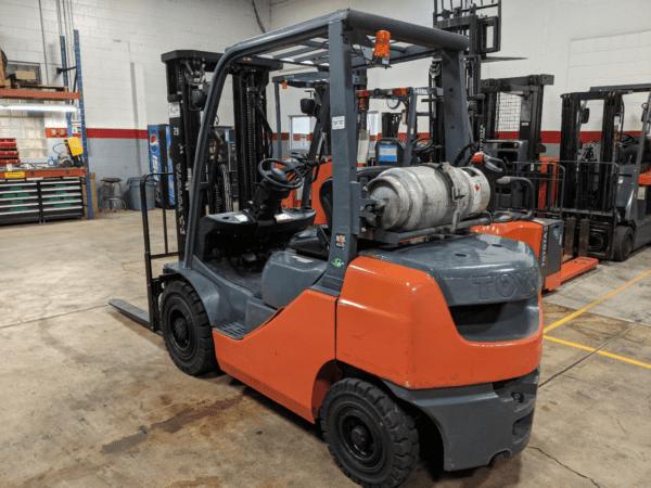 5,000 LBS Cap. LP<br>Pneumatic Forklift<br>2014<br>ID#: E000196