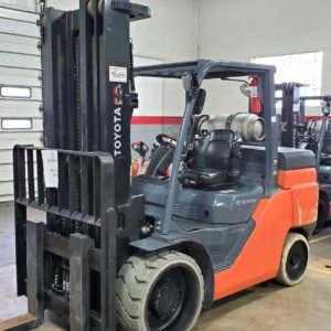 15,500 LBS Cap. LP<br>Cushion Forklift<br>2016<br>ID#: E005675