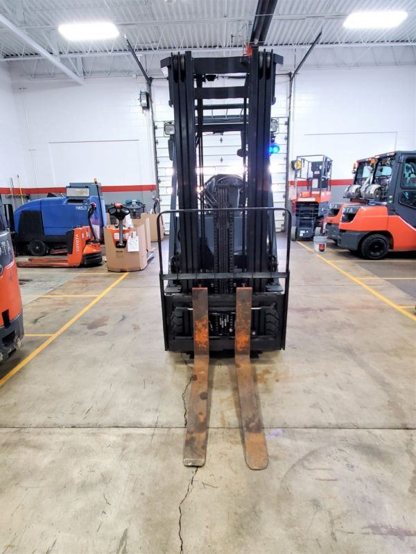 6,500 LBS Cap. Electric<br>Cushion Forklift<br>2015<br>ID#: E001931