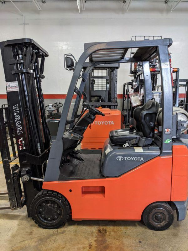 3,000 LBS Cap. LP <br>Cushion Forklift<br>2016<br>ID#: E003429