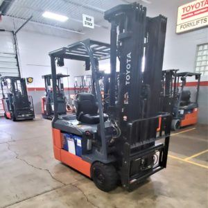 4,000 LBS Cap. Electric<br>Pneumatic Forklift<br>2016<br>ID#: E008845
