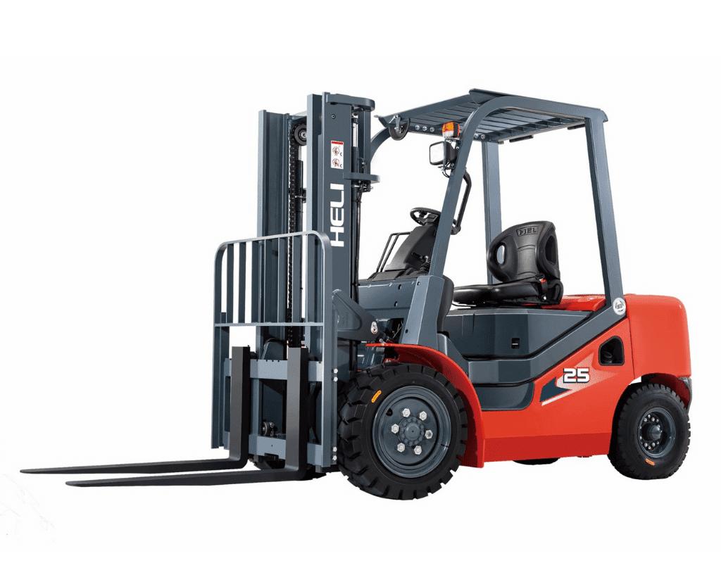 HELI mid-capacity diesel forklift