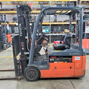 4,000 LBS Cap. Electric<br>Cushion Forklift<br>2016<br>ID#: E002190