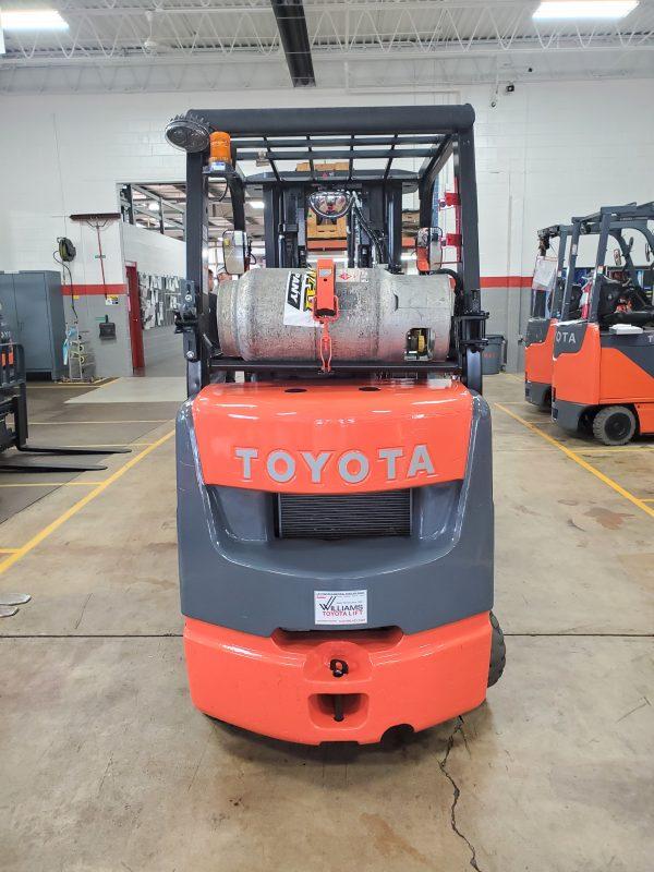 5,000 LBS Cap. LP<br>Cushion Forklift<br>2017<br>ID#: E003760