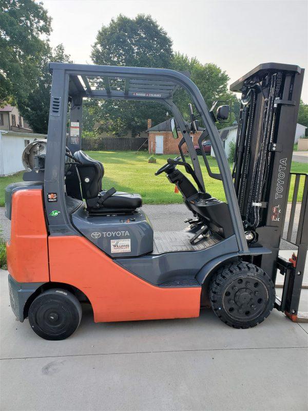 5,000 LBS Cap. LP<br>Cushion Forklift<br>2017<br>ID#: E004620