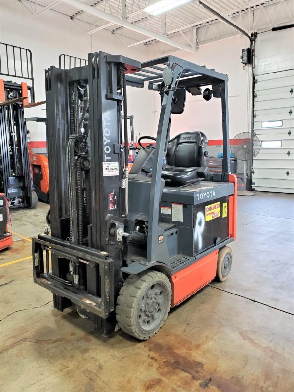 5,000 LBS Cap. Electric<br>Cushion Forklift<br>2014<br>ID#: E007586
